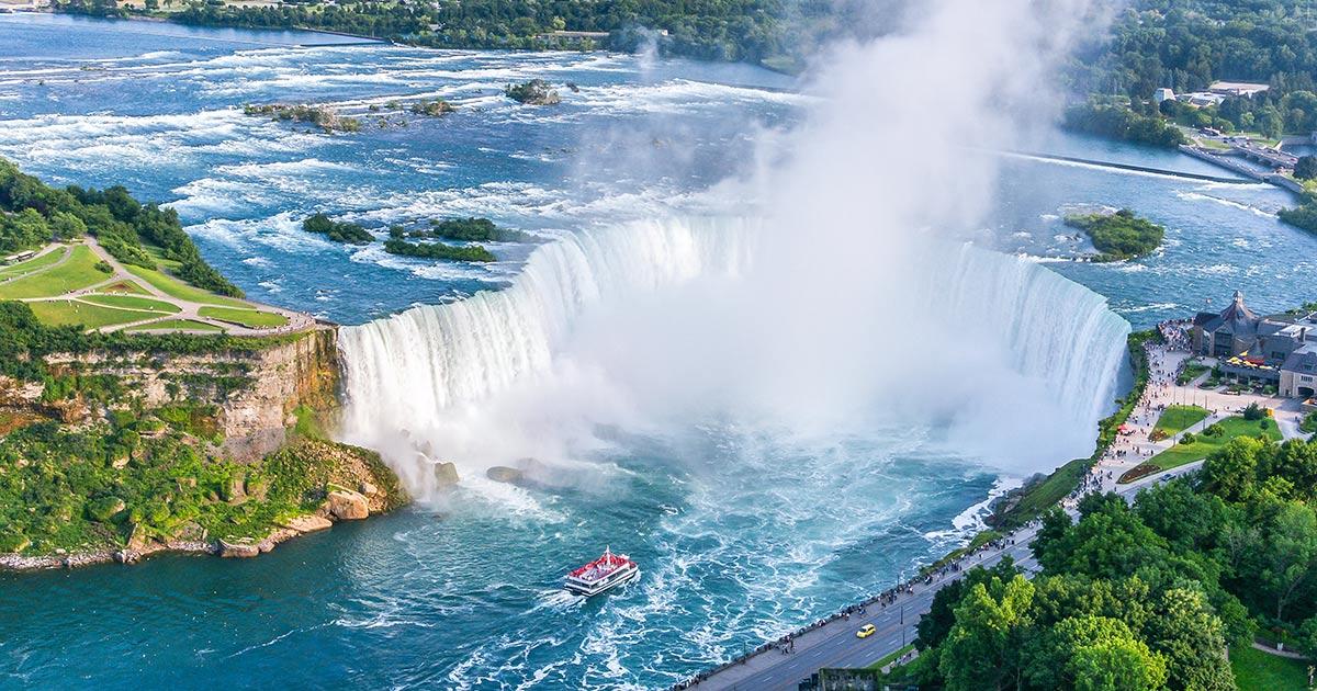 Niagarafallen - boka biljetter, båtar och guidade turer